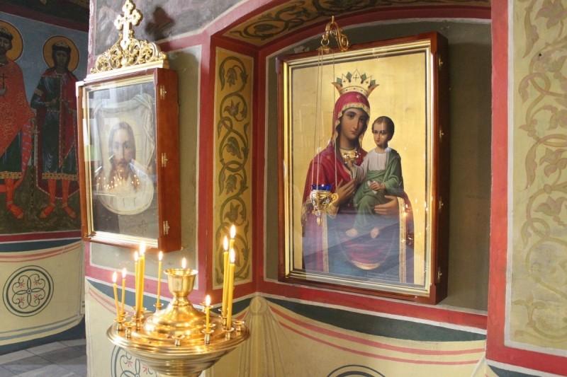 Православный праздник в честь иконы Божией Матери ...